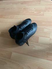 Fußballschuhe Neu 44