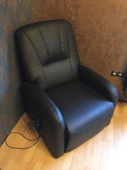 Sessel mit elektrischer Auftsehhilfe