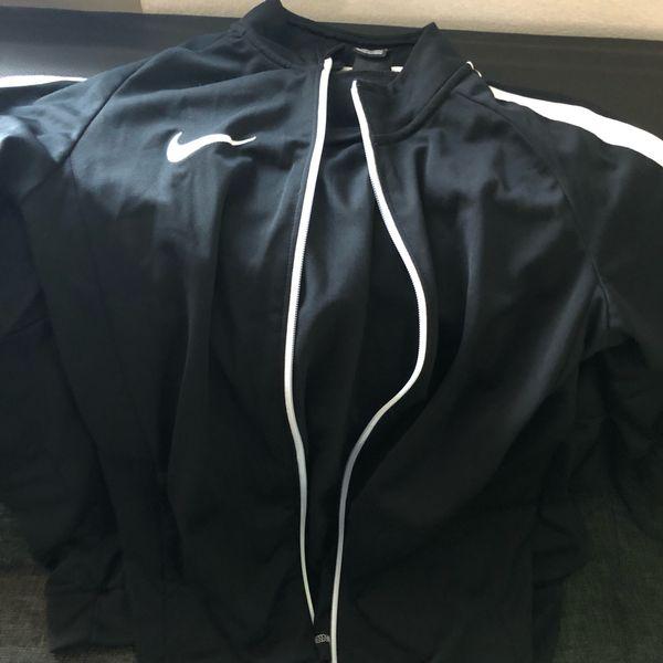 Nike Trainings Anzug Größe m
