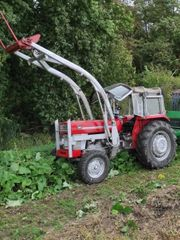 Massey Ferguson 155 Traktor
