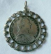 Schön gefasster Münzanhänger - Maria Theresia