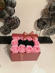 Blumenbox Rosenduftseife