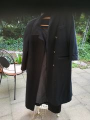 2 wertvolle elegante lange Mäntel