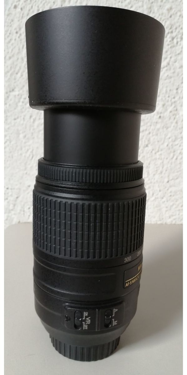 NIKON Objektiv 55 - 300mm 4