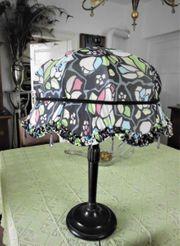 Art-Deco Lampe mit Echtseidenbezug