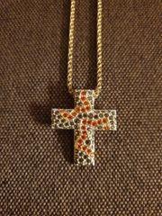 Svarovski Kette mit Kreuz Anhänger
