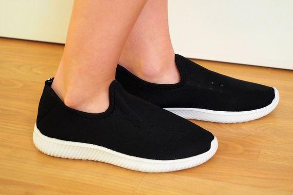 Getragene Sneaker von der Lina