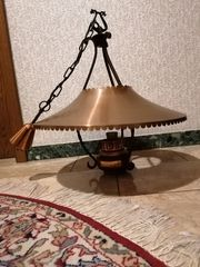 Zwei Kupferlampen