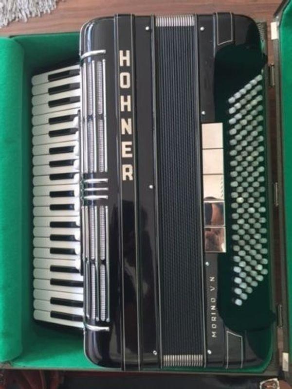 Akkordeon 120 Bass inkl Koffer