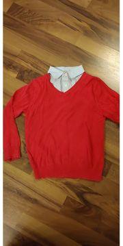 Pullover mit V-Ausschnitt mit Hemdkragen