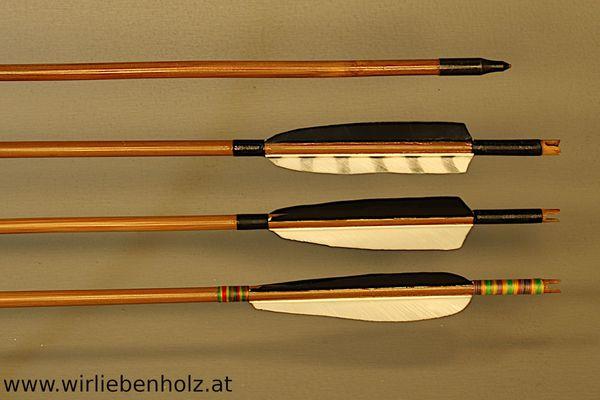 Bambuspfeile traditionell, mit Truthahnfedern