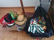 1 Reisetasche voll mit Faschingskostümen