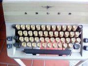 alte manuelle Schreibmaschine