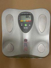 Tanita Körperfett Analysenwaage bf-662 W