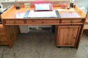 Zu verschenken Schreibtisch inkl Container