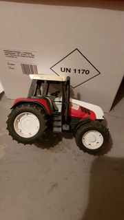 Verkaufe Traktor Marke Bruder