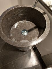 Stand-Waschbecken
