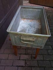 Industriedesign Loft Stapelbox cooles Möbel