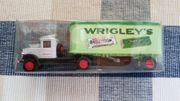 1 Auto von Wrigleys grün