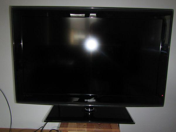 SAMSUNG HD TV 37 Zoll