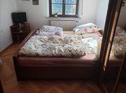 4 teiliges Massivholz Schlafzimmer aus