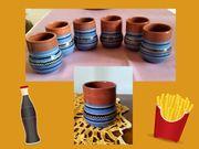 6 unbeschädigte DDR-Keramikbecher mit Dekor