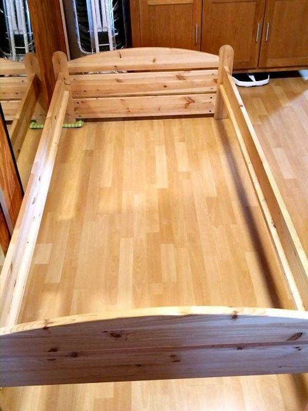 Holzbett 200x100 cm mit Rost