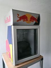 reserviert Red Bull Kühlschrank Getränke