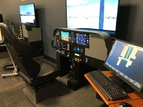 Professioneller Flugsimulator Trainer G1000