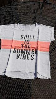 Neuwertiges T-Shirt Staccato Größe 140