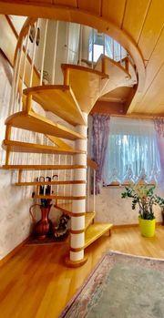 Wendeltreppe Treppe massiv Schreinerarbeit Eiche