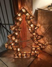 leuchtender Fenster-Weihnachtsbaum