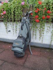 Golfbag mit Howson Schlägern