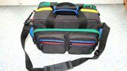 Fototasche mit farbigen Reißverschlüssen United