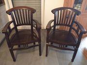 Zwei Stühle günstig zu haben