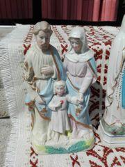 Dachbodenfund Verschiedene Heiligen Figuren