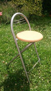 Verkaufe zwei Steh- Sitz - Klappstühle