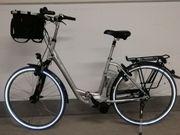 Fahrradtour mit einem gut erhaltenen
