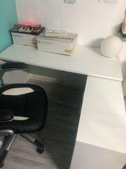 fast neuer Schreibtisch
