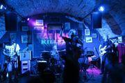 Bassist in für Münchner Rockband