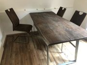 Esszimmertisch aus Massivholz inclusive 4