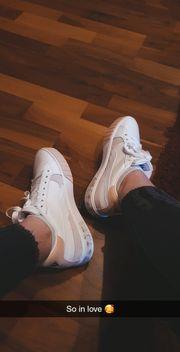 Fußbilder Videos - Getragene Socken Schuhe