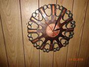 Selbst gemachte Uhren aus Kupfer