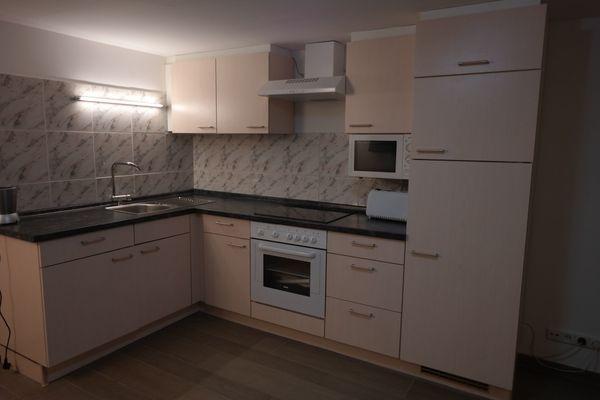 Einbauküche Beige Mit Elektrogeräten Günstig Abzugeben In