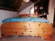 Verschenke Bett Kiefer massiv