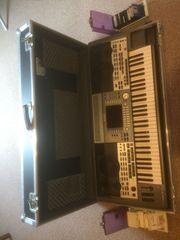 Yamaha Keyboard PSR9000