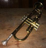 HOLTON B-Trompete T602 mit Zubehör