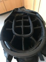 Golfbag von Wilson in schwarz