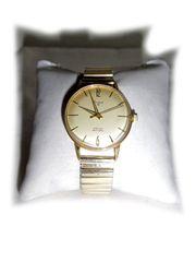 Armbanduhr von Stowa