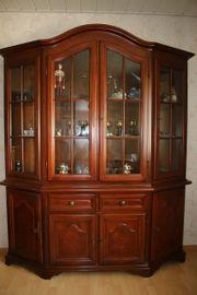 Wohnzimmerschrank mit Glasvitrinen-Oberteil Antik-Style